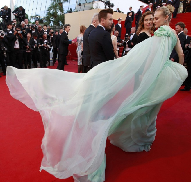 la-modella-mafia-Best-Dressed-Fashion-at-Cannes-2012-Film-Festival-Diane-Kruger-in-Giambattista-Valli-dress-2