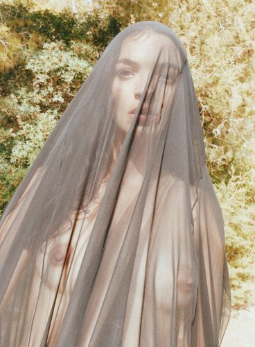 scriptical-wordpress-scriptical-wordpress-madre-terra-mariacarla-boscono-by-juergen-teller-for-flair-magazine-october-2012-5